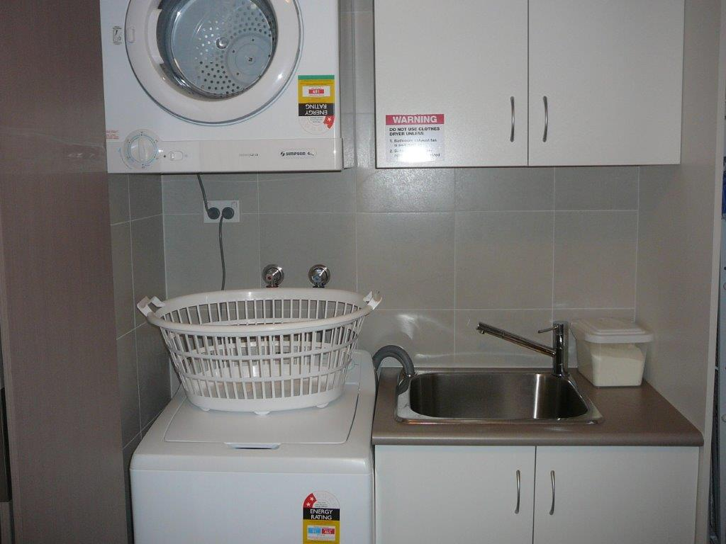 Parklane Apartments Laundry